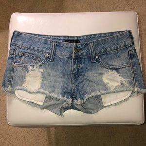 Forever 21 daisy duke booty Jean shorts